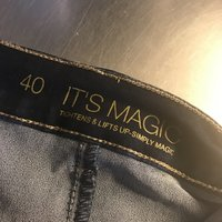 Lift up jeans st 40 NYA