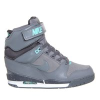Nike air revulotion