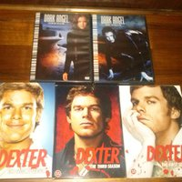 DVD boxar , Dark Angel , Dexter , Prison Break .