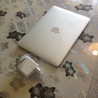 MacBook Air A1466 Core i5 +HD Graphics 4000, 4GB +1.7GHz DDR3 +Laddare 13,3""