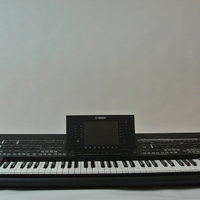 Yamaha Tyros 4 Black Edition Limited