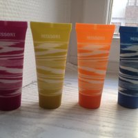 4 ST MISSONI SCHAMPOO SHAMPOO CONDITIONER BALSAM SHOWERGEL BODY LOTION TUBER