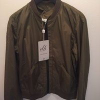 Helt NY 1399 kr D brand bomber jacka army grön small medium mode