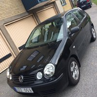 VW polo 1.4 75hk -04 NY BESIKTIGAD