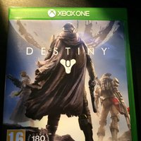 Destiny och COD Advanced Warfare