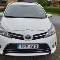 Toyota Verso  1.6  7 sits