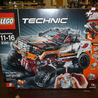 Lego technic  9398  4 by four crawler från 2012