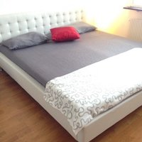 Selling my bed frame.