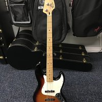 En killer Fender Standard Jazz Bass 2014