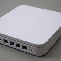 Apple AirPort Extreme Wi-Fi Router