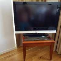 "TV Samsung 32"" model (LE 32M51B S)"