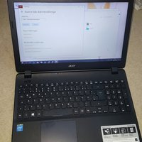 Acer aspire e15 . Quad-Core N2940.