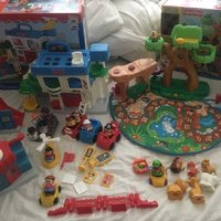 Fisher Price little people lek set Djurpark och stad