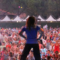 AN UNFORGETABLE SUMMER JOB AS AN ENTERTAINER IN ITALY!