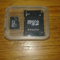 Minneskort 32Gb SDHC + adapter