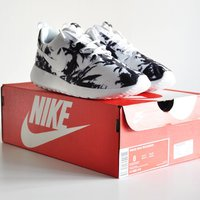 Nike Roshe Run Palm Trees Limited Edition