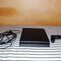 Playstation 4 1TB +4 spel