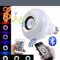 E27 LED RGB Bluetooth Speaker Bulb Wireless 12W Power Music Playing Light Lamp Christmas Party (Färg: Flerfärgad)