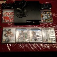 Playstation 3 slim 250 GB + 6 spel + 2 handkontroller