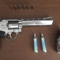 Airsoft, revolver