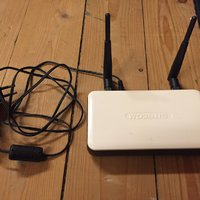 Wireless range extender 300 N
