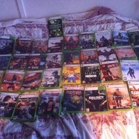 Xbox 360 slim 250GB +35 spel