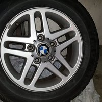 BMW original fälgar 195/65R15