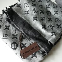 Louis Vuitton scarf/Halsduk