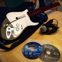 PS3 spel - Rock Band 2 & Beatles Rock Band + Guitar & Mikrofon