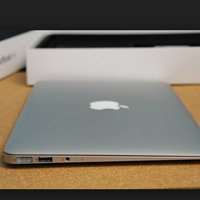 macbook Air (13 tum)