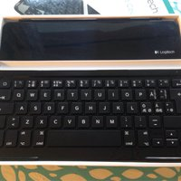 Logitech ultrathin keyboard cover NY!