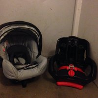 Graco baby carseat 0+ with isofix base