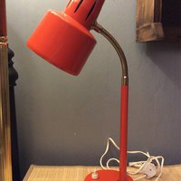Retro lampa orange/röd 50-tal