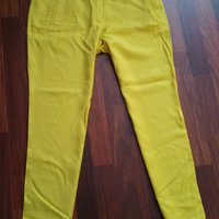 New. Sisley trousers. Size 40/42.
