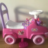 Aktivitets bil 4 i 1 disney princess ride