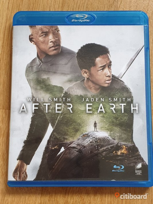 After Earth     ( 2013 - Blu Ray)  DVD & VHS filmer Borås / Mark / Bollebygd