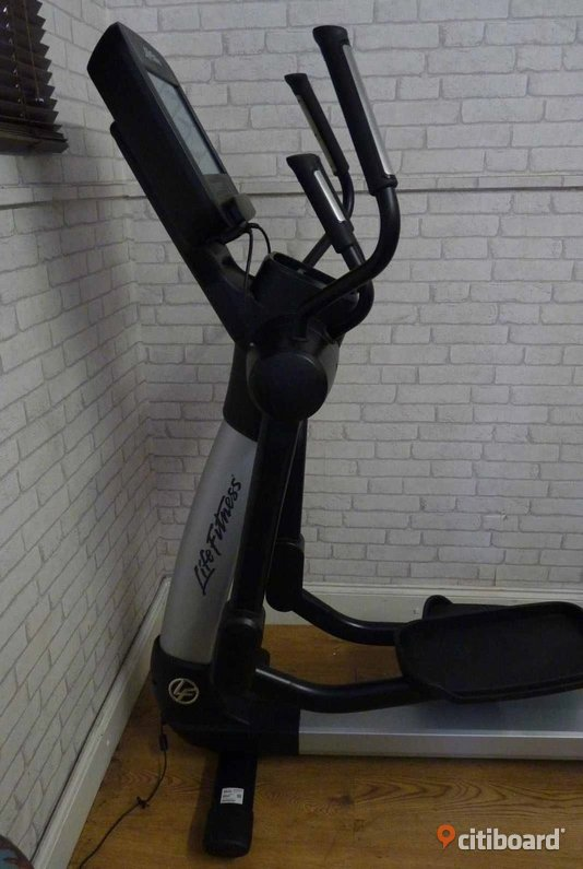 LIFE FITNESS 95XE CROSS TRAINER DISCOVER Stockholm