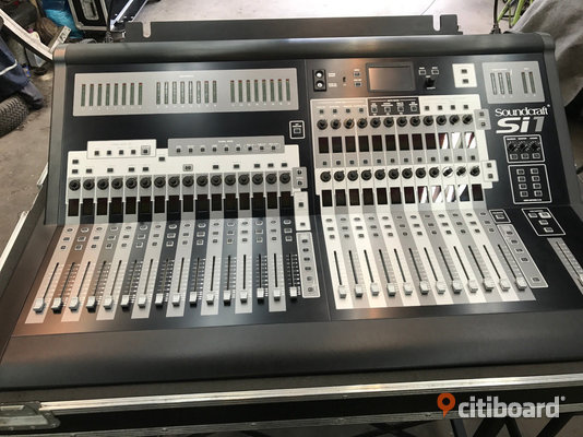 Soundcraft Si1 digital mixer Studio/Scenutrustning Nordmaling Sälj