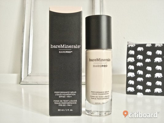 "BareMinerals - BarePro PerformanceWearFoundation! ""Warm Light""! Värde 465:-! Ny! Malmö"