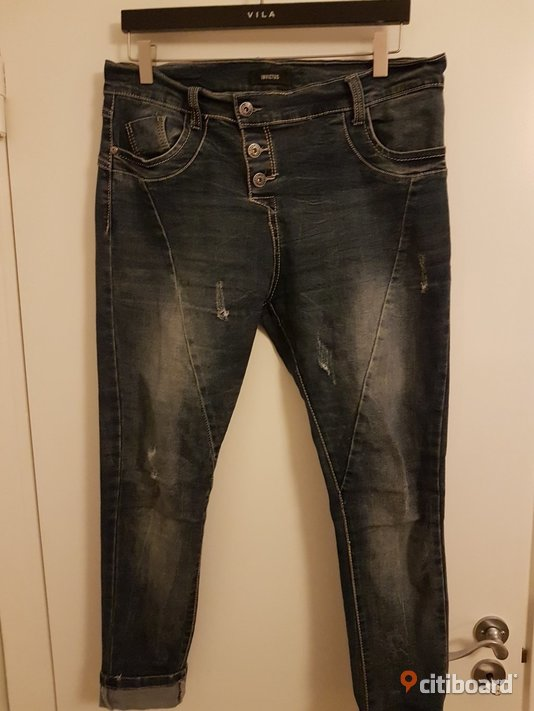 Baggy/boyfriendjeans  Midja 31-32 tum Mode Halmstad