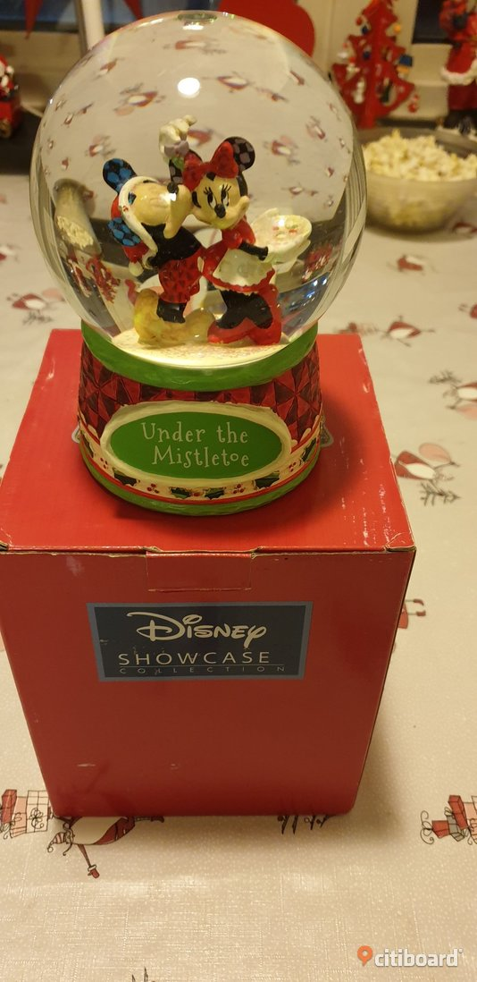 Disney snowball under the misletoe  Fritid & Hobby Bjuv