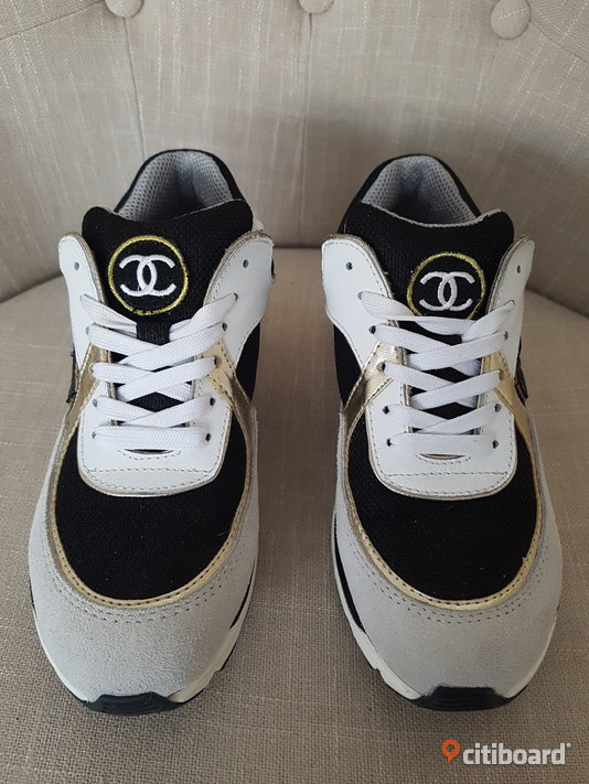 Ombloggade Chanel Sneakers CC Skor Shoes Streetstyle Blogg Fashion Design 38-39 Vardag & sneakers Örebro Sälj
