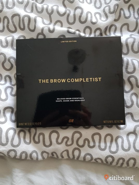 The brow completist Tyresö