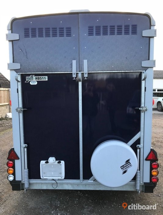 2015 Ifor Williams HB511 Horse Box Trailer Stockholm