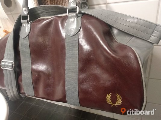 Fred perry weekend bag Borås / Mark / Bollebygd Sälj