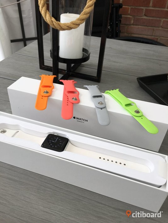 apple watch series 3 42mm + 3 armband Norrköping
