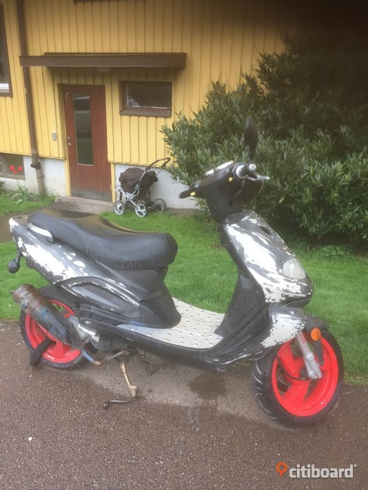 TGB 303rs scooter 2005