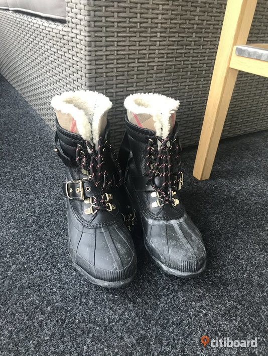 Burberry Windmere Duck Boots 38-39 Övrigt Solna