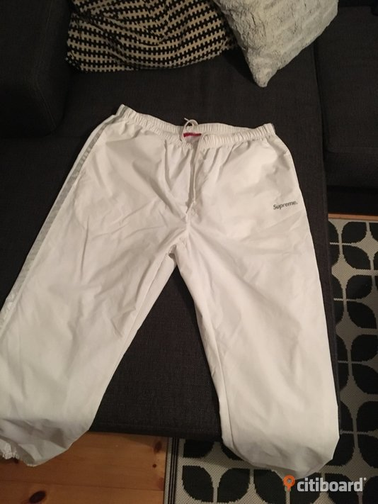 Supreme trackpants 48-50 (M) Nyköping / Oxelösund