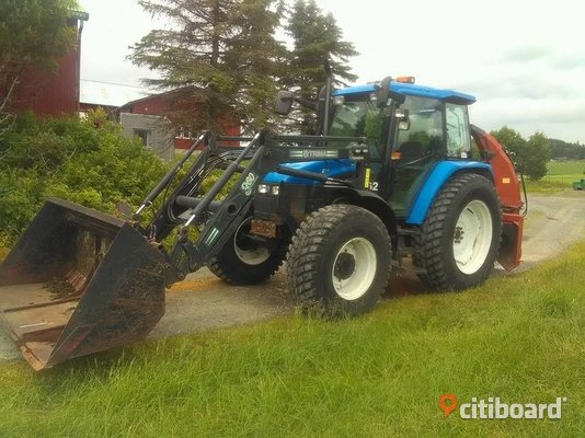 Traktor New Holland ts110 Salem Sälj